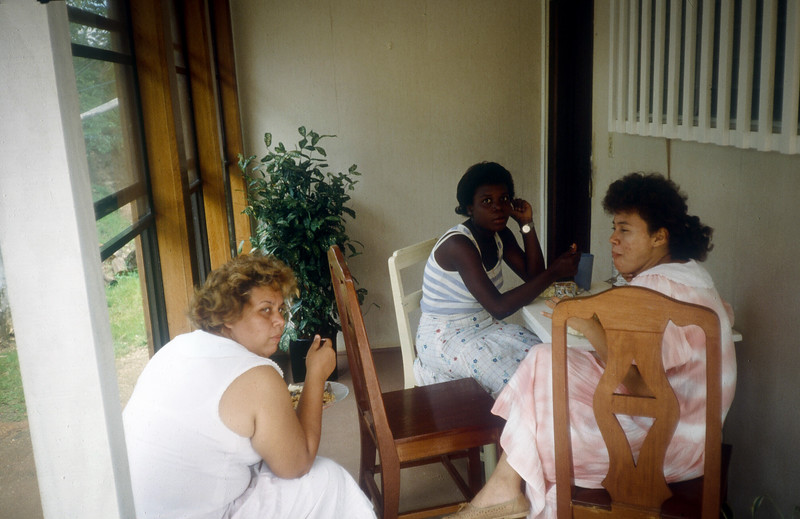 1989 Roatan Honduras Mission Trip-0027.jpg