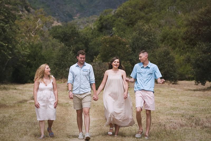Los Leones Canyon Family Portrait -093.jpg