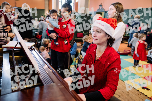 © Bach to Baby 2019_Alejandro Tamagno_Chiswick_2019-12-13 030.jpg
