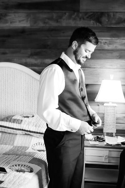 Elegant-Southern-Coastal-Wedding-Neutral-And-White-Details-Photography-By-Laina-Dade-City-Tampa-Area-Wedding-Photographer-Laina-Stafford--17-2.jpg