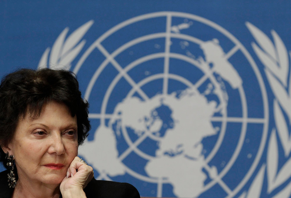 Description of . Christine Chanet, Head of a United Nations human rights Inquiry Commission pauses during a news conference in Geneva January 31, 2013.  United Nations human rights investigators called on Israel on Thursday to halt settlement expansion and withdraw all Jewish settlers from the occupied West Bank, saying that its practices violated international law.  REUTERS/Denis Balibouse