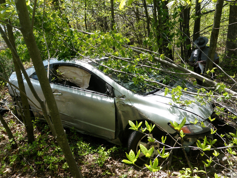 foster township interstate 81 vehicle accident 5-13-2010 004.JPG