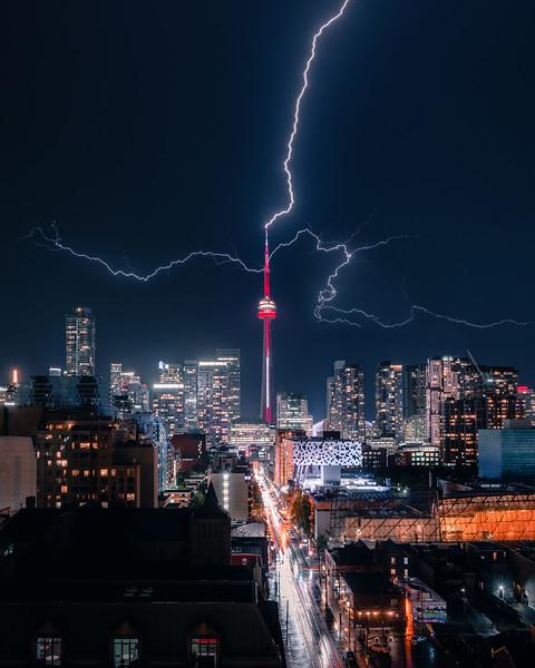 TorontoLightningStrike.jpg