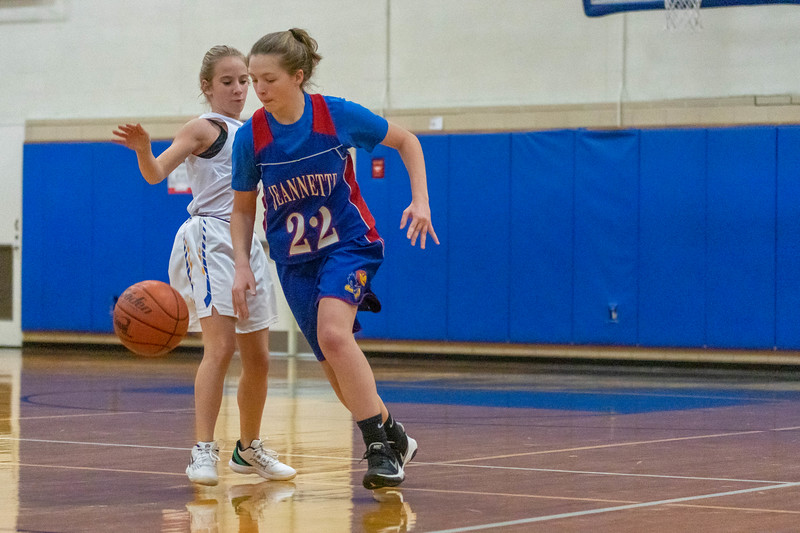 11.15 Brooke Wieland Jhawk Basketball (53 of 279).jpg