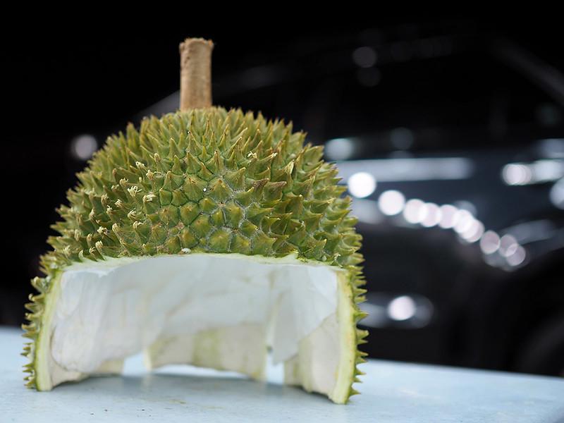 durian-roman-helmet.jpg