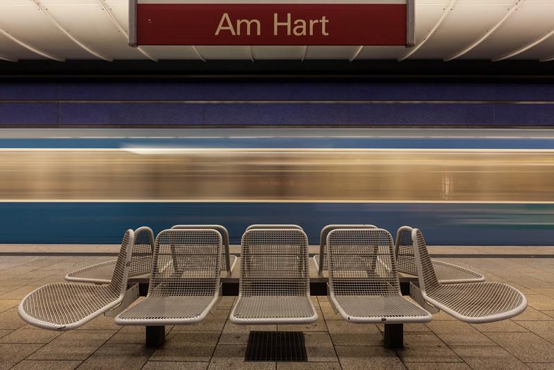 Am Hart (subway station)