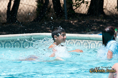 Justin and Alisha Swimming Pictures_6-22-2012
