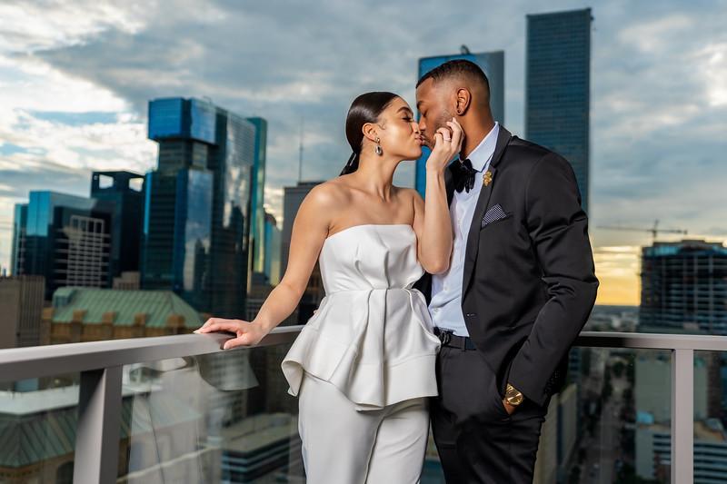 Alonzo & Courtney's Engagement Photos