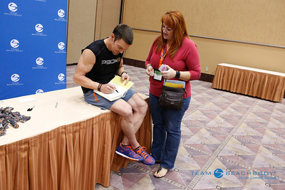 06-20-2014 Tony Horton Book Signing