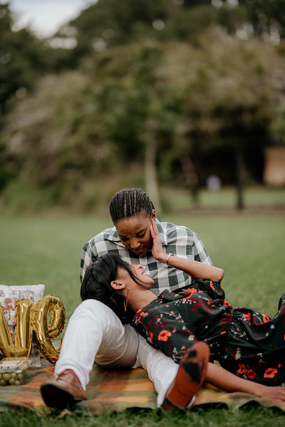 19 MAY 2019 - LIEZELLE & SIMONE ENGAGEMENT-100.jpg