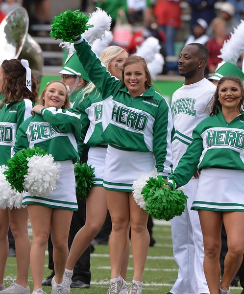 cheerleaders1634.jpg