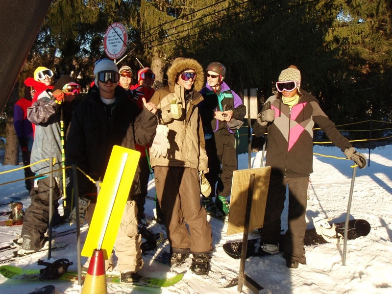 SnowTrailsOpeningDay12_16_09_001.jpg
