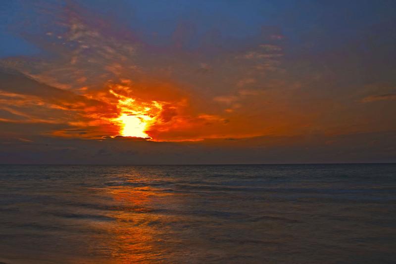 Sunrise1_2_HDR2.jpg