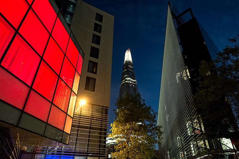 London By Night F5054.jpg