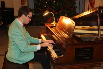 Classic Piano, featuring Steven Moyer, Community Arts Center, Tamaqua (12-22-2013)