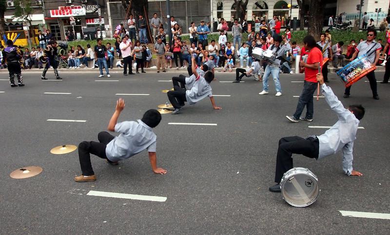 PA184403-symbal-dancers.JPG