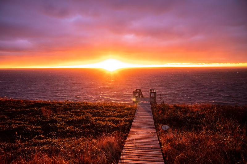 sun on horizon Corn Hill.jpg