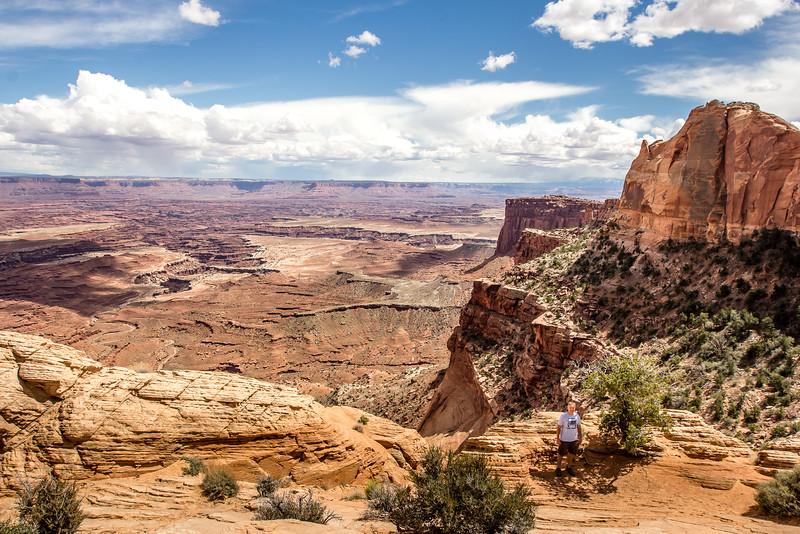 Mesa Arch Overlook