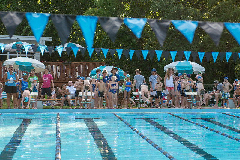 lcs_swimming_kevkramerphoto-020.jpg