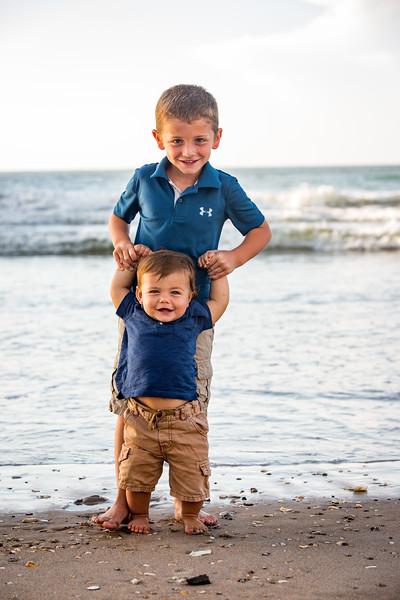 Family beach photos-156.jpg
