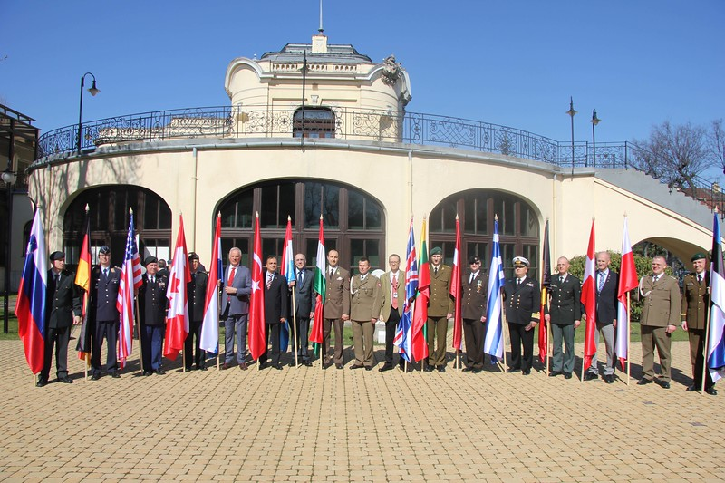 Captains and their national flags