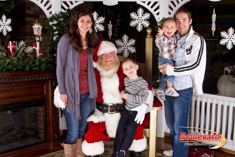 Santa Dec 8-152.jpg