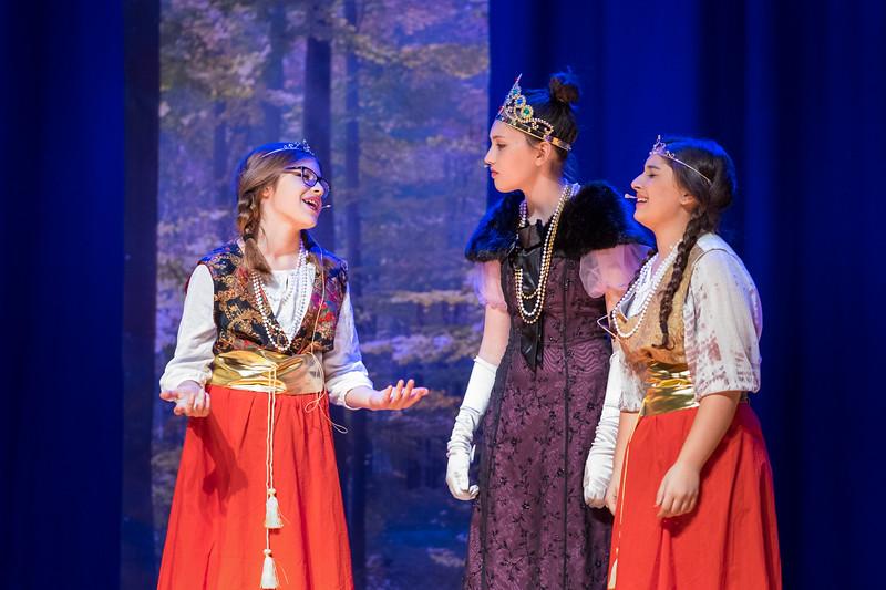 2015-11 Cinderella Performance 0402.jpg