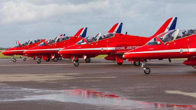 RedArrows-RoyalAirForce-2009-08-29-EBJ-EKEB-_MG_3621-DanishAviationPhoto.jpg