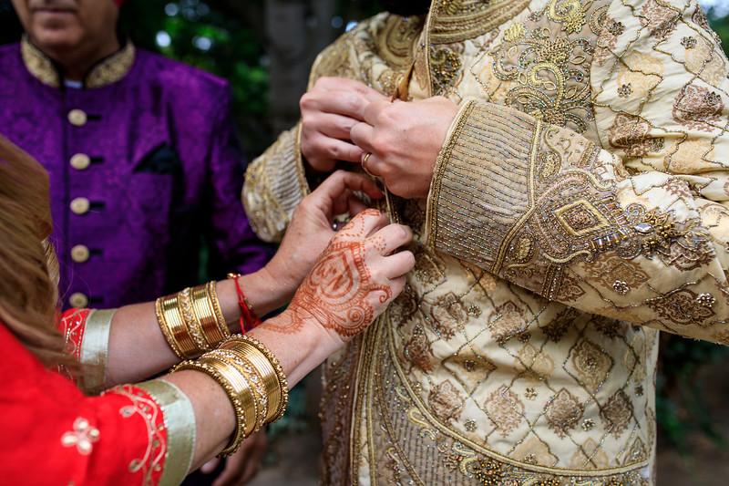 Neelam_and_Matt_Gurdwara_Wedding-1150.jpg