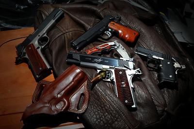 Gun & Ammo-001