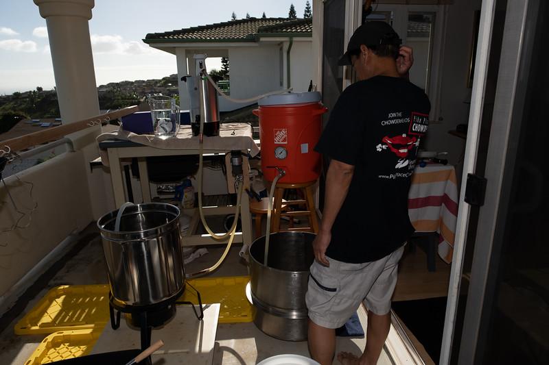 Hawaii - Brewing Beer-59.jpg