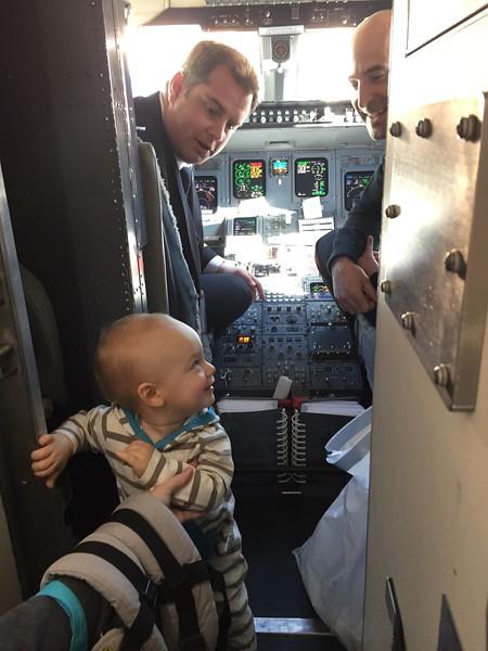 Leif meets the pilots