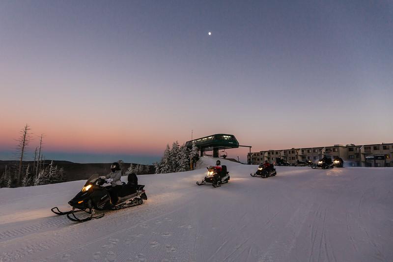 2020-01-09_SN_KS_Snowmobile Sunset-7833.jpg