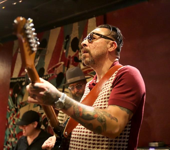 Johnny Guitar Knox memorial2019-01-20 (31).jpg