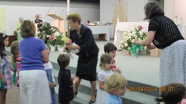 2014 May Crowning of Mary