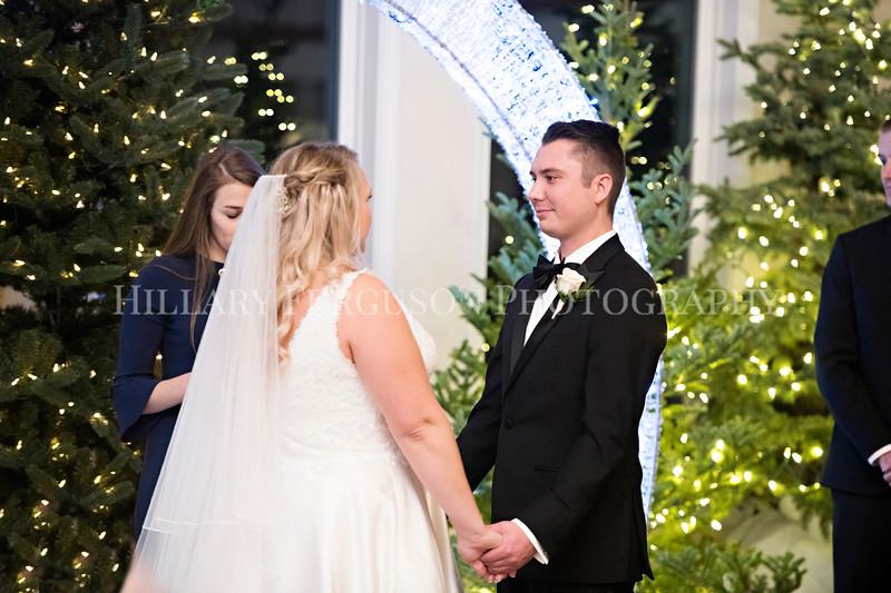 Hillary_Ferguson_Photography_Melinda+Derek_Ceremony090.jpg