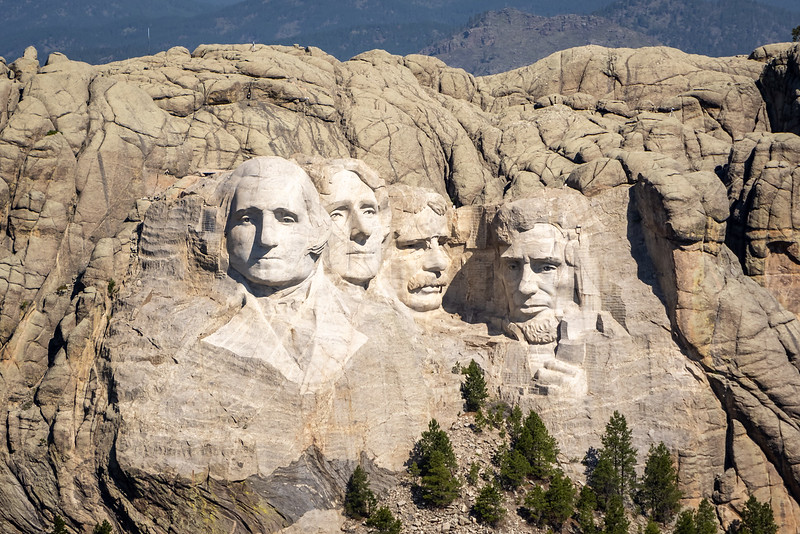 Mt Rushmore from the air-3633.jpg