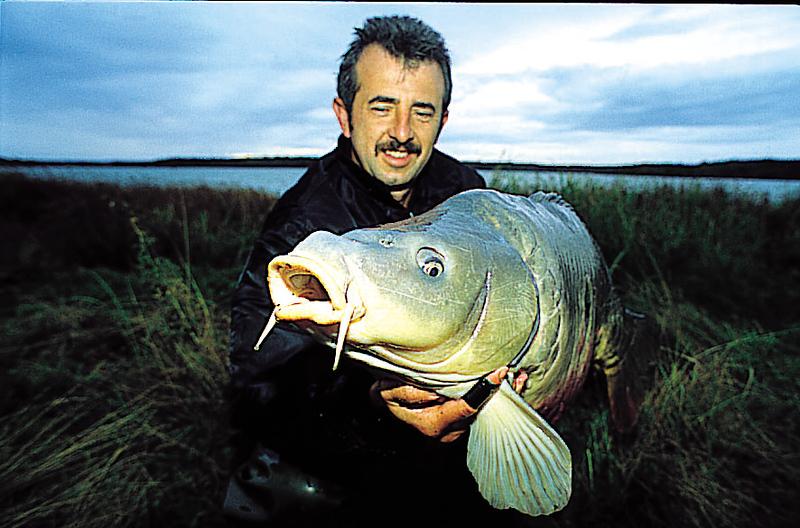 WCC99-Pic - Man & Fish