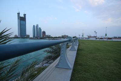 2013_08_05, Marina Mall Corniche