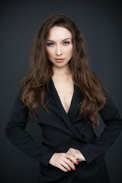 Meilin Gray Suit.jpg