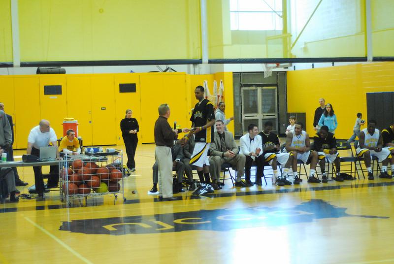 20090301_MCC Basketball_5748.JPG