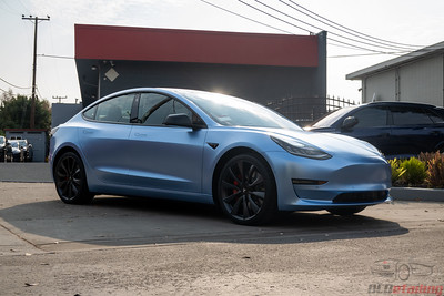 Model 3 - Satin Ice Chrome - Vvivid 2020 Vinyl Wrap