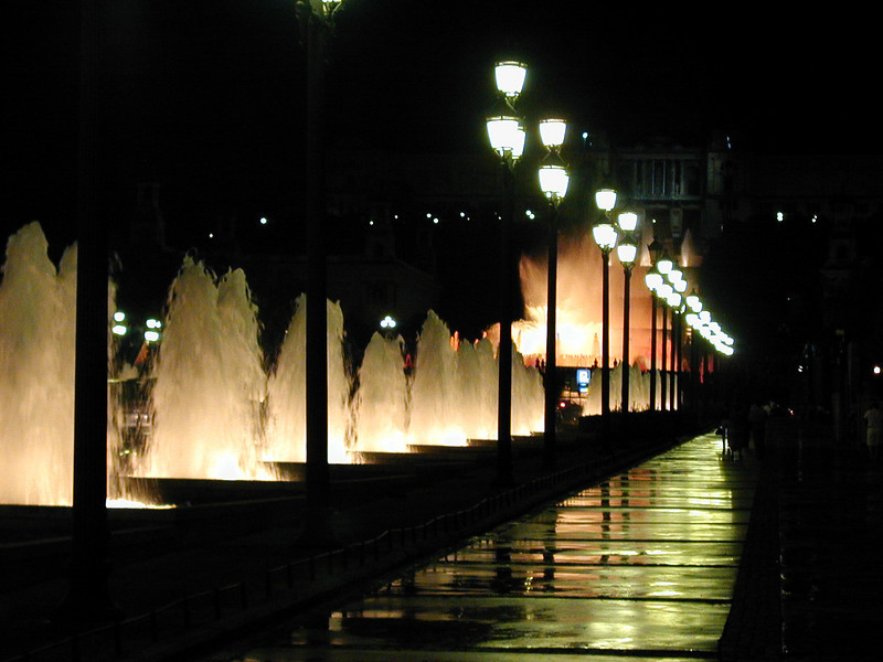 Music, colored lights and uncountable fountains make the Plaza de Espana an interesting evening destination.