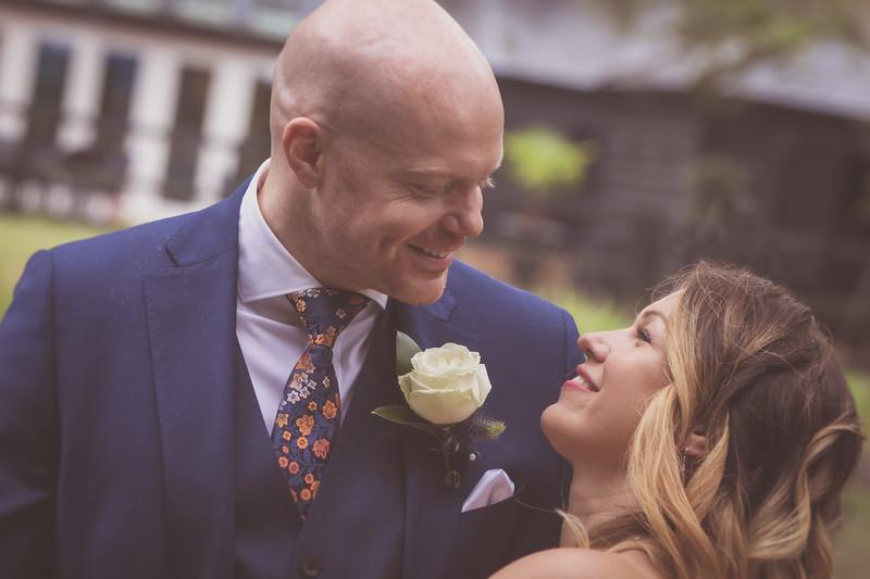Sam_and_Louisa_wedding_great_hallingbury_manor_hotel_ben_savell_photography-0181.jpg