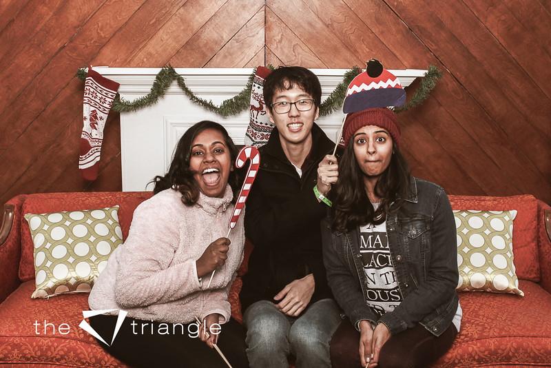 awkward-family-photo-booth-010.jpg