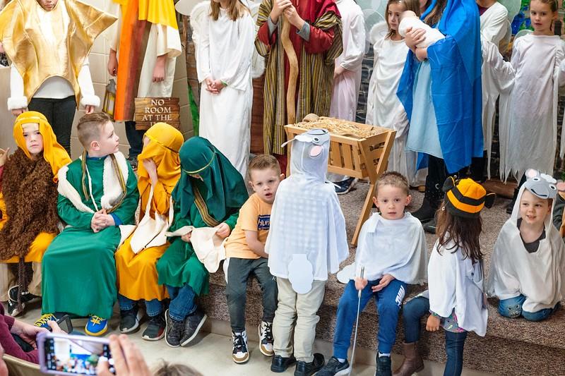 20191209 Faith Children Advent Family Gathering-8021-3.jpg