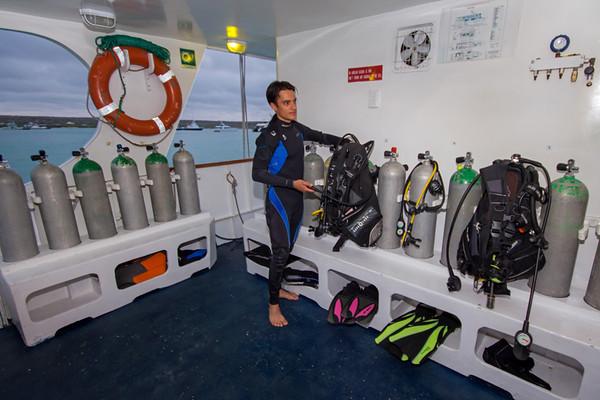 astrea-diving-platform.jpg