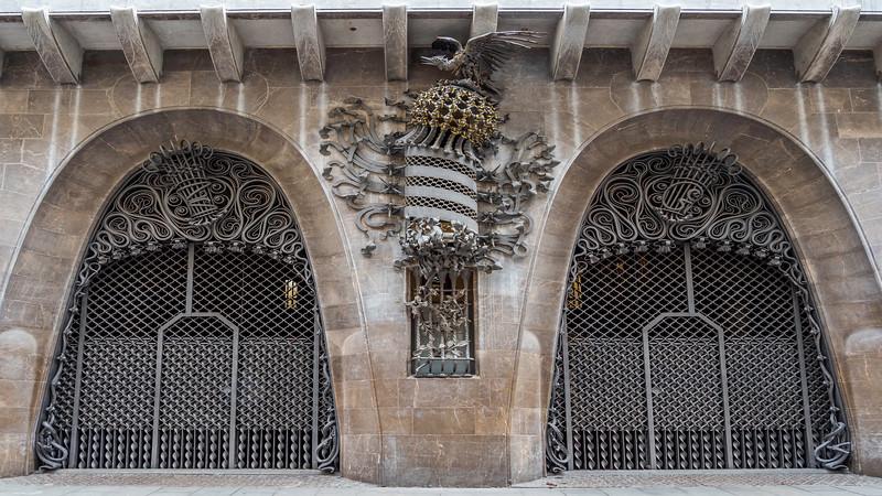 0280 Gaudi Home off La Rambla 16x9.jpg