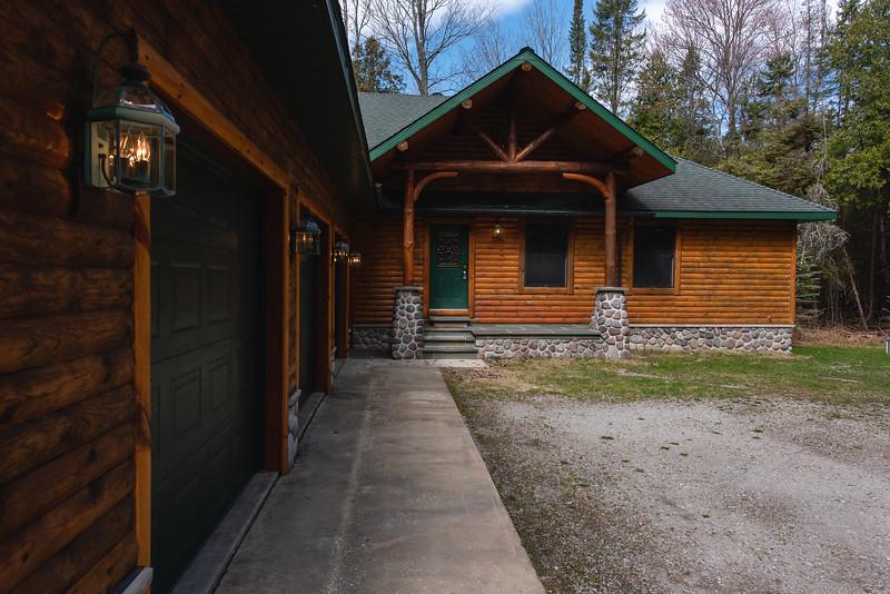 HW_2487-Serenity-Pines-Ct_0002.jpg