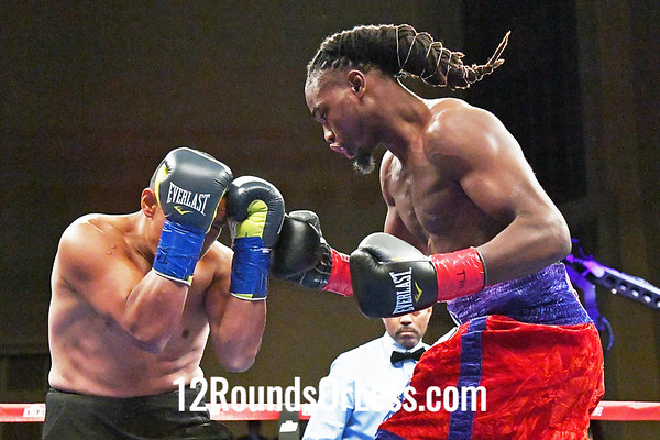 Bout #4:  Isaiah Steen, Cleveland, OH  vs  Eduardo Flores, Quito, Ecuador,  SUPER MIDDLEWEIGHTS